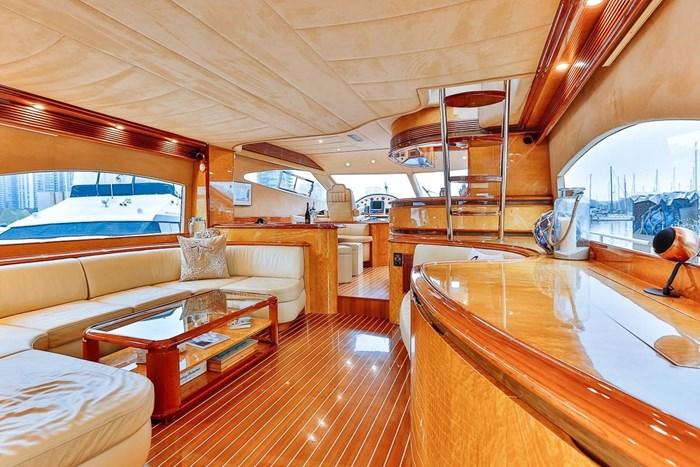 2002 Astondoa 66 Motor Yacht Photo 16 sur 85