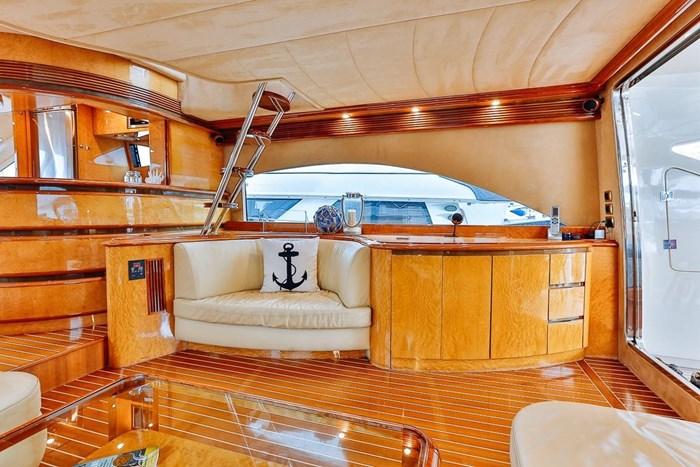 2002 Astondoa 66 Motor Yacht Photo 20 sur 85