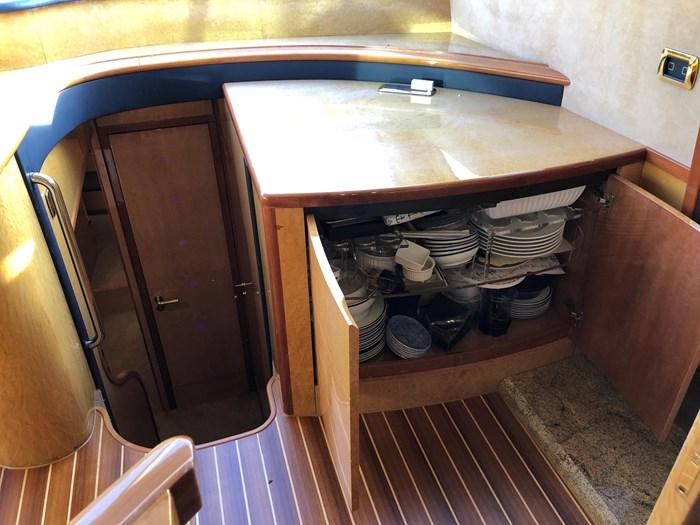 2002 Astondoa 66 Motor Yacht Photo 28 sur 85