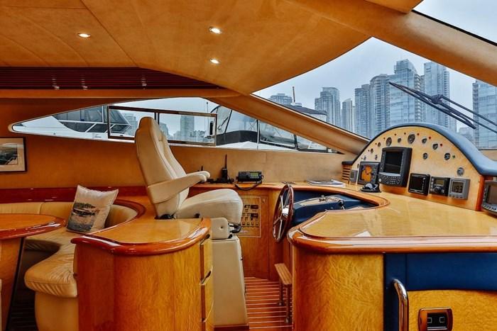 2002 Astondoa 66 Motor Yacht Photo 32 sur 85