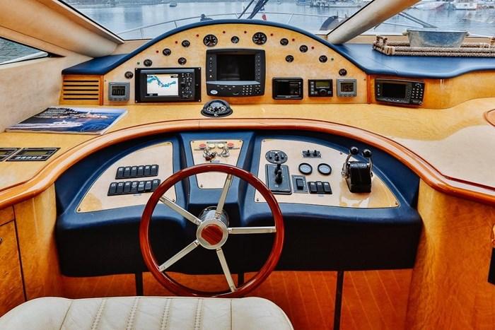 2002 Astondoa 66 Motor Yacht Photo 34 sur 85