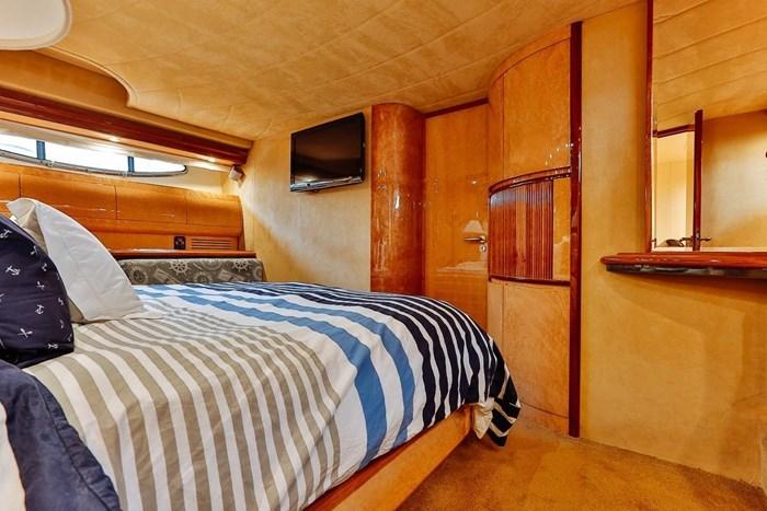 2002 Astondoa 66 Motor Yacht Photo 37 sur 85