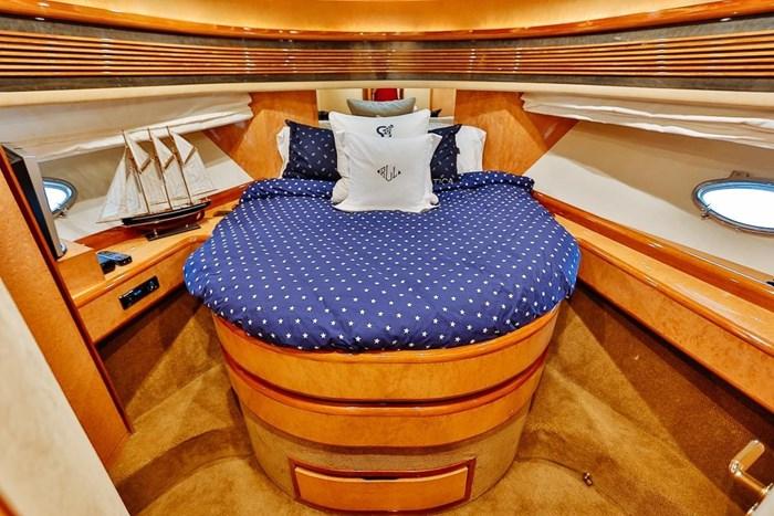 2002 Astondoa 66 Motor Yacht Photo 45 sur 85
