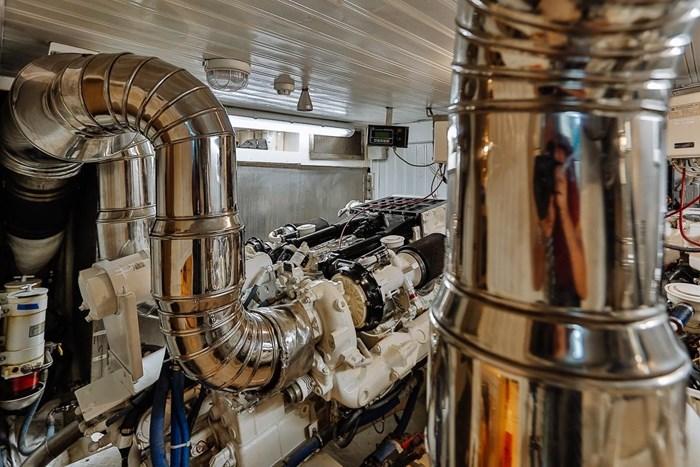 2002 Astondoa 66 Motor Yacht Photo 68 sur 85