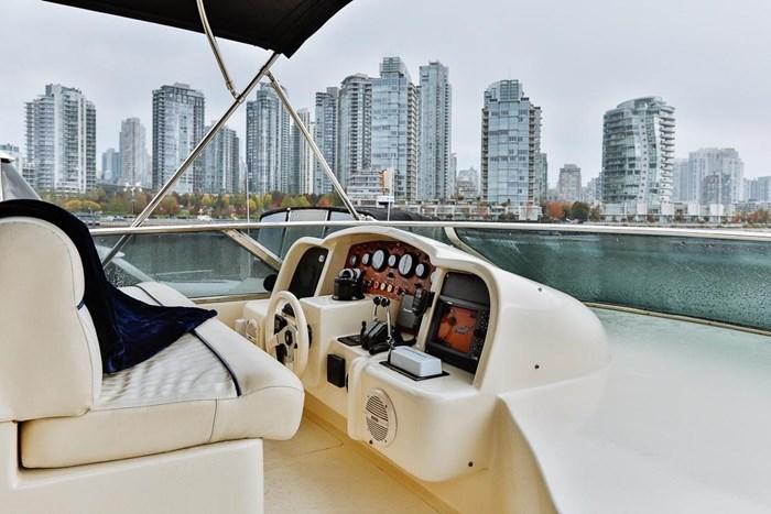 2002 Astondoa 66 Motor Yacht Photo 72 sur 85