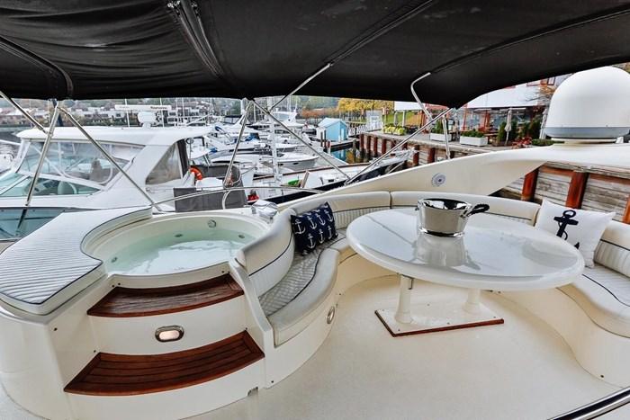 2002 Astondoa 66 Motor Yacht Photo 73 sur 85