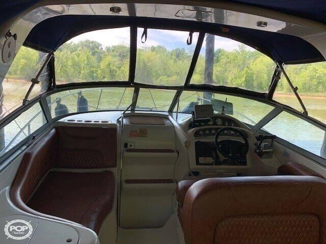 2002 Monterey 302 Cruiser Photo 8 of 20