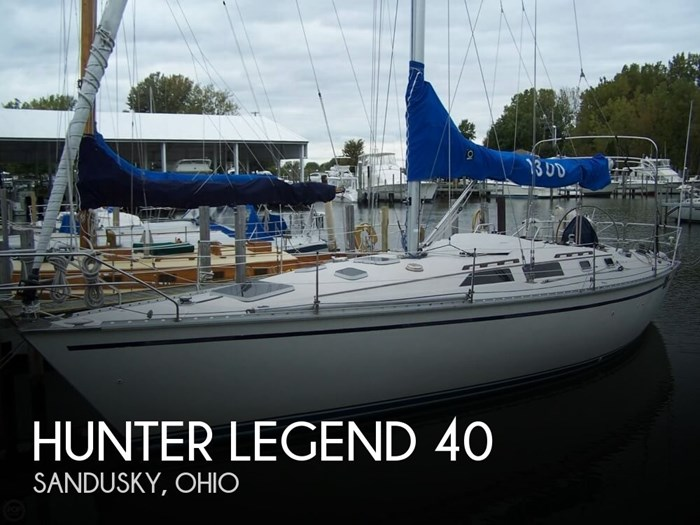 1989 Hunter Legend 40 Photo 1 of 20