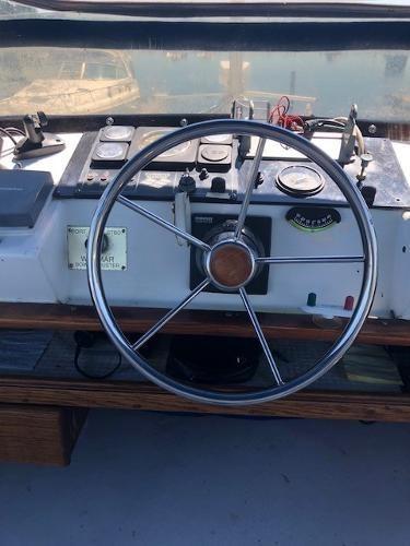 1977 Silverton 34T Trawler Photo 12 of 44