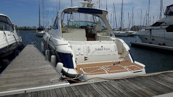 2004 Cruisers Yachts 440 Express Photo 6 sur 31
