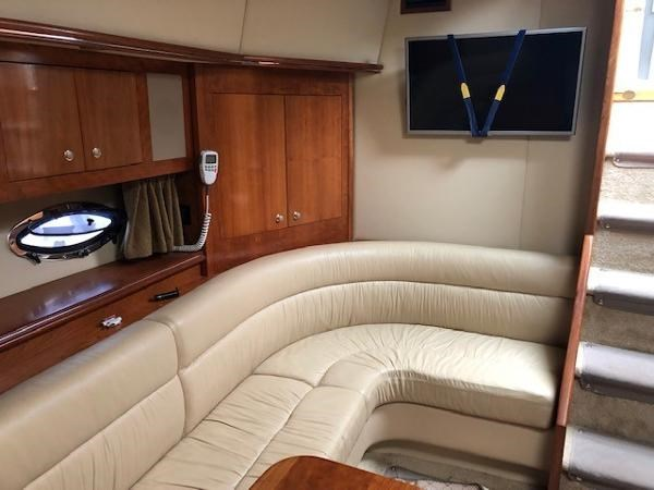 2004 Cruisers Yachts 440 Express Photo 16 sur 31