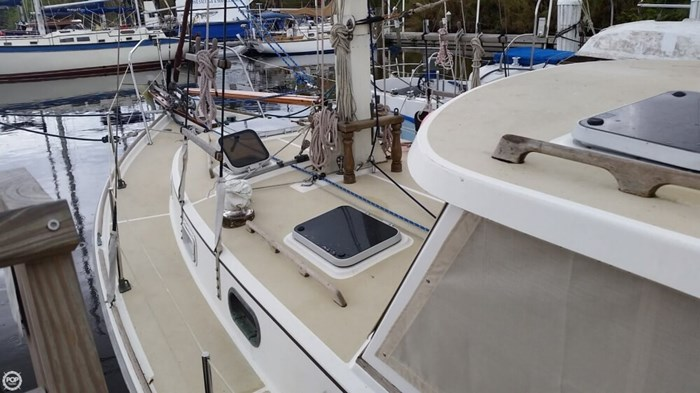 Cape Dory MS 300 1986 Used Boat for Sale in Indiantown, Florida -  BoatDealers ca