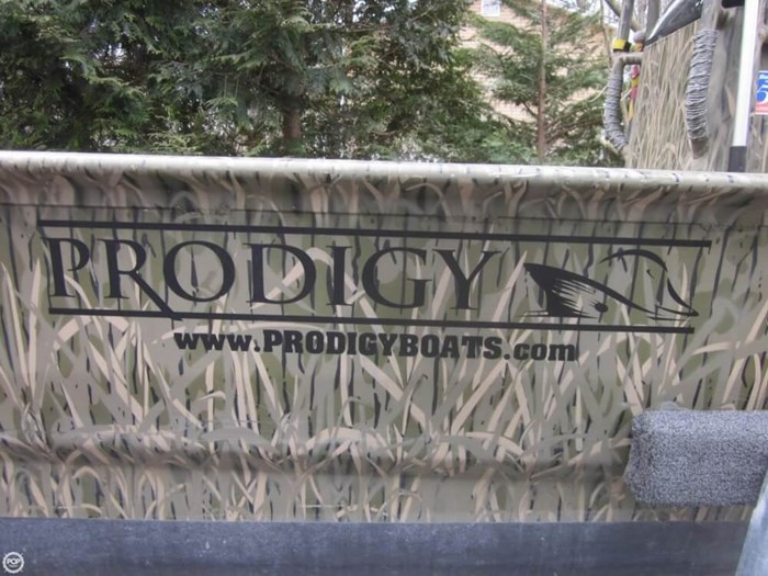 2015 Prodigy 2060 Photo 7 of 20
