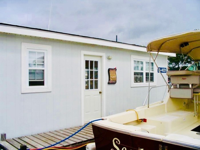 2019 Floating Cottage 2019 Float Cottage Photo 14 of 21