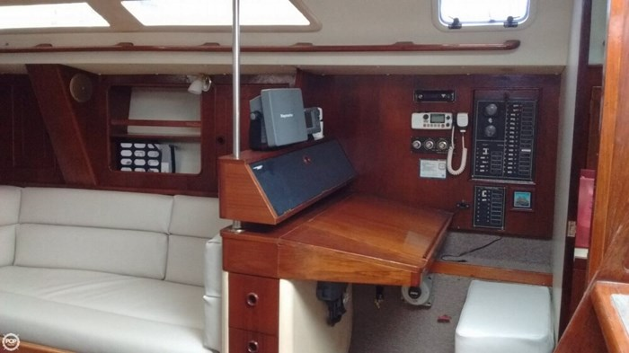 1990 Canadian Sailcraft CS 40 Tall Rig Photo 8 sur 20