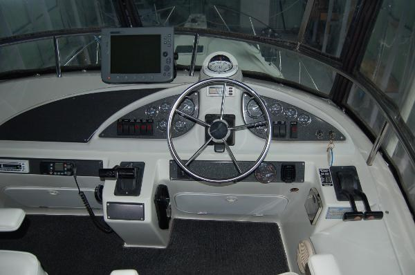 1996 Silverton Sedan With Boathouse Photo 20 of 40
