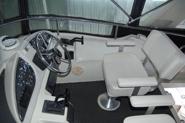 1996 Silverton Sedan With Boathouse Photo 21 of 40