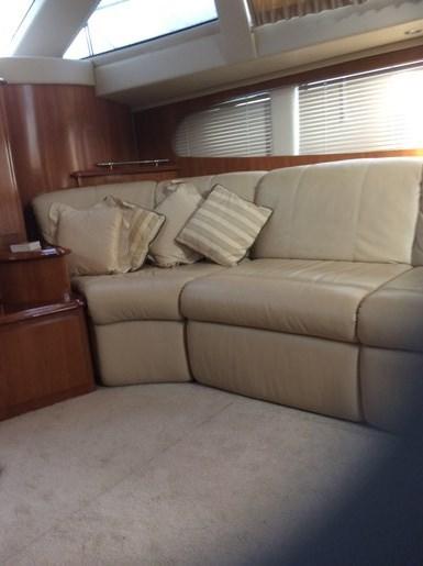 2005 Carver 44 Cockpit Motor Yacht Photo 8 of 14