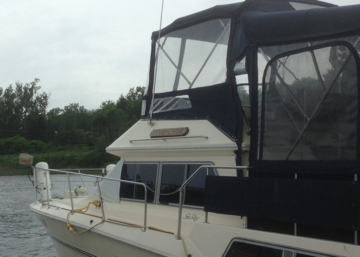 1985 Sea Ray 360 AFT Photo 2 of 13