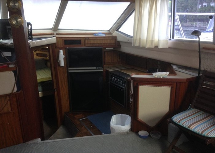 1985 Sea Ray 360 AFT Photo 6 of 13