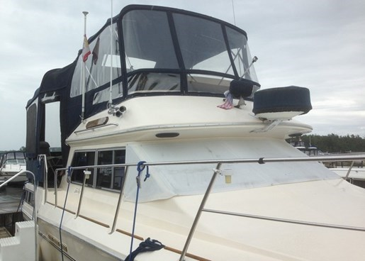 1985 Sea Ray 360 AFT Photo 1 of 13