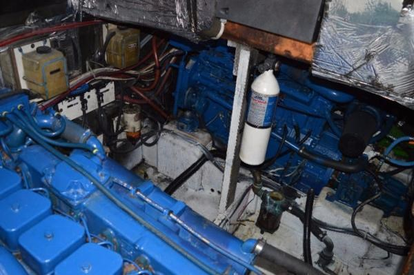 1985 Bayliner 3870 Motoryacht Photo 8 of 8