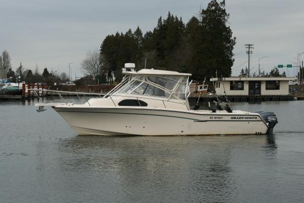 Grady-White Marlin 300 2015 Used Boat for Sale in Richmond, British  Columbia - BoatDealers ca