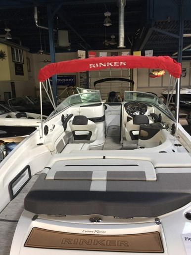 2017 Rinker 26 QX Photo 5 of 19