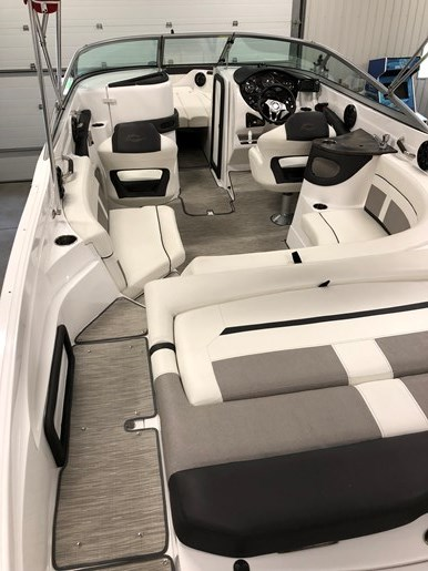 2017 Rinker 26 QX Photo 6 of 19