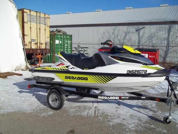 2016 Sea-Doo RXT-X 300 Photo 2 sur 6