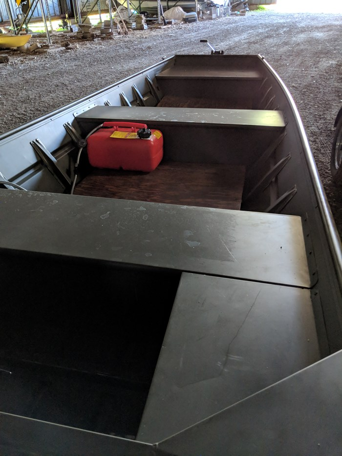 Alumacraft 1542 Jon Boat 2016 Used Boat for Sale in Rideau Ferry ...