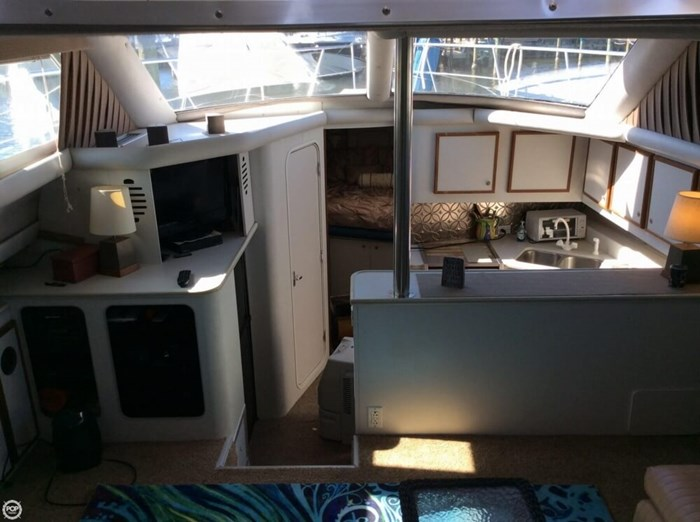 1994 Cruisers Yachts 3850 Aft Cabin Photo 4 sur 20