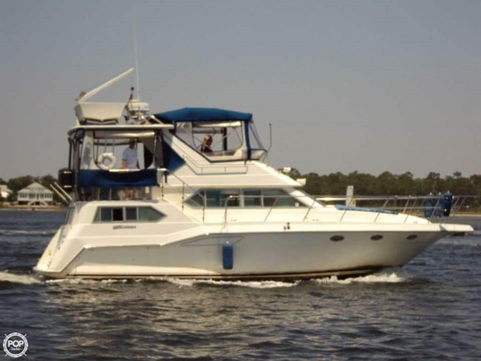 1994 Cruisers Yachts 3850 Aft Cabin Photo 2 sur 20