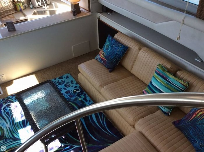 1994 Cruisers Yachts 3850 Aft Cabin Photo 9 sur 20