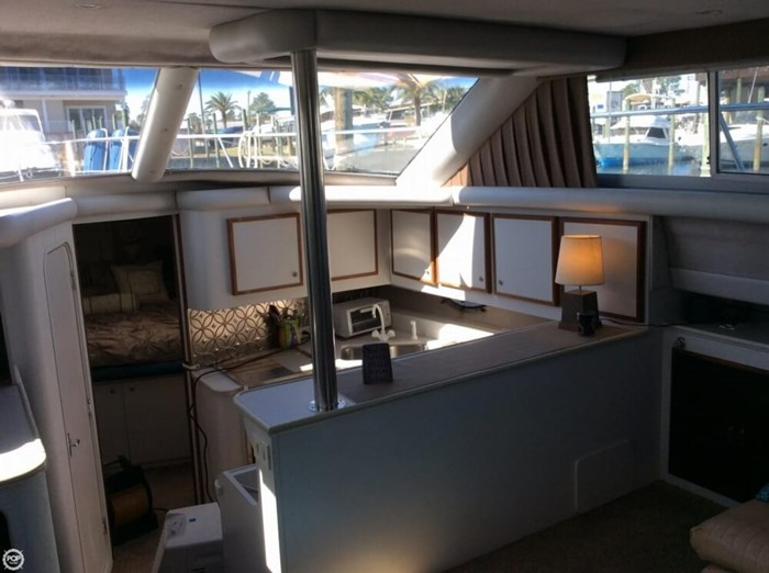 1994 Cruisers Yachts 3850 Aft Cabin Photo 13 sur 20