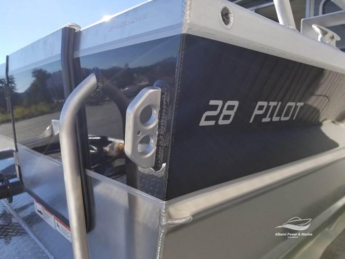2019 Thunder Jet 28 Pilot Photo 15 of 96