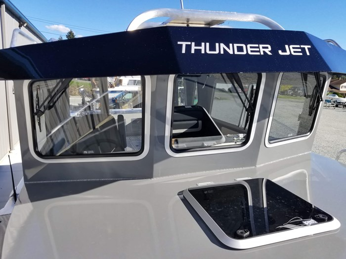 2019 Thunder Jet 28 Pilot Photo 84 of 96