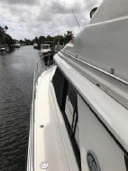 1991 Carver 4207 Motor Yacht Photo 14 sur 64