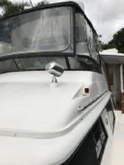 1991 Carver 4207 Motor Yacht Photo 11 sur 64