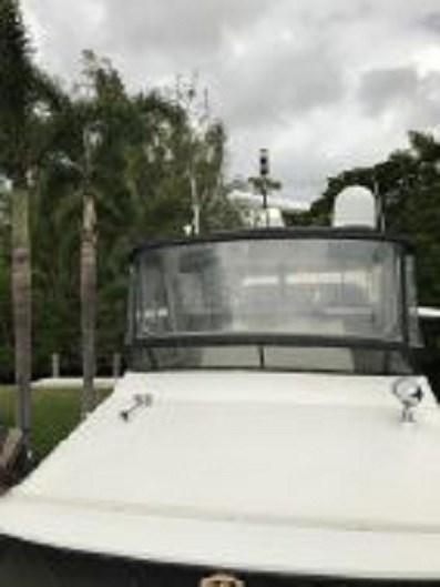 1991 Carver 4207 Motor Yacht Photo 12 sur 64