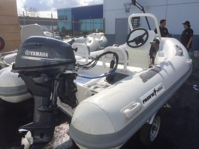 2020 Yamaha PW350DLX Photo 2 of 3