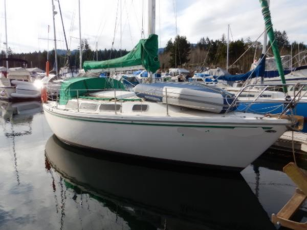 Catalina 30' Sloop 1979 Used Boat for Sale in Ladysmith, British Columbia -  BoatDealers ca