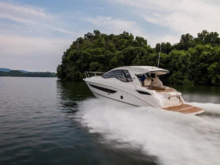 Sea Ray Sundancer 350 Coupe 2019 New Boat For Sale In