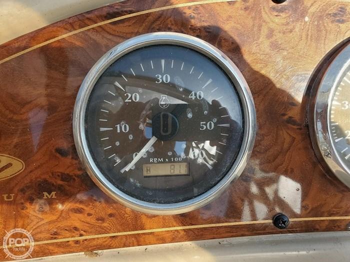 2003 Maxum 2400 SCR Photo 14 sur 20