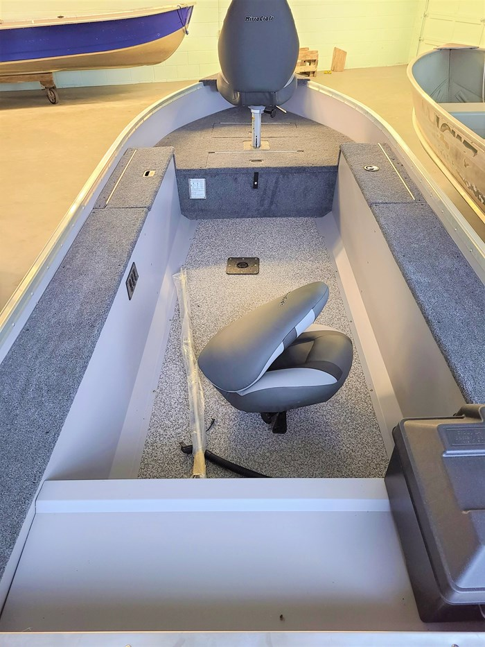 2019 MirroCraft Boat (Only) Troller Tiller 140T 20T - Blue Photo 5 of 14