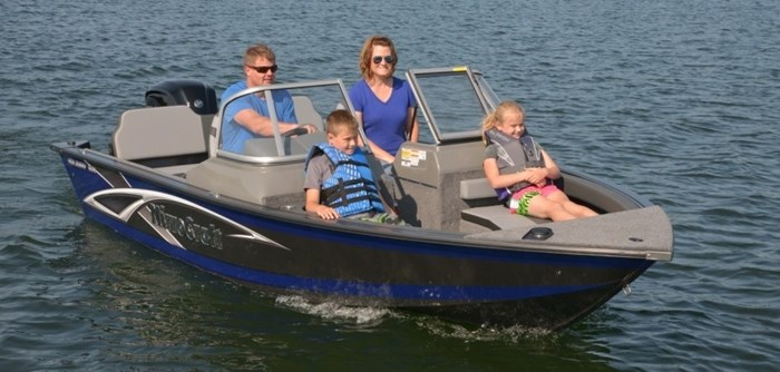 2021 MirroCraft Boat, Mercury Motor & Trailer (Package) Holiday 168 - 20T - Blue Photo 13 of 25