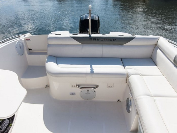 2019 Bayliner 210 Deck Boat Photo 5 sur 6
