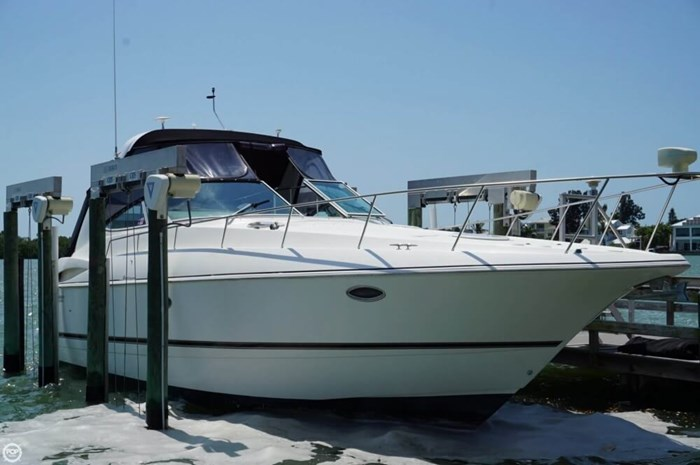 2003 Cruisers Yachts 3772 Express Photo 11 sur 20