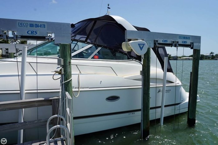 2003 Cruisers Yachts 3772 Express Photo 15 sur 20