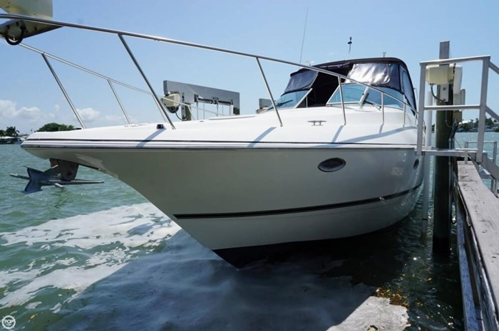 2003 Cruisers Yachts 3772 Express Photo 18 sur 20